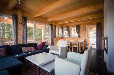 Chalet Wohnzimmer Couch Turrach