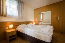 FEWO Doppelbettzimmer Kleiderschrank Turrach