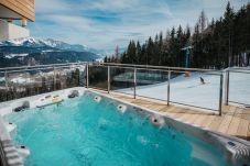 Terrasse Jacuzzi SwimSpa Wellness
