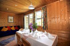 Ferienhaus Hohentauern Küche Esstisch