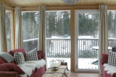Wintergarten Wohnzimmer Couch Gemütlich