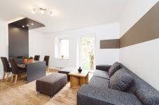 Wohnbereich Couch Essbereich Küche