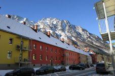 Außenanlage Appartements Winter Berge