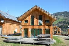 Chalet Sommer Outdoor Jacuzzi