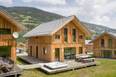 Ferienhaus Jacuzzi Sommer Terrasse