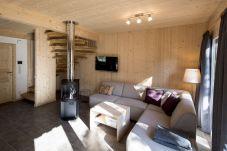 Wohnzimmer Familienzeit Couch Relaxen