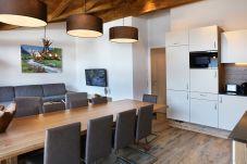 Esstisch Große Familie Fernseher Bilder Küche