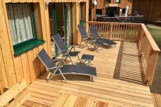 Terrasse Liegestühle Sonne Bräunen