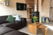 Wohnzimmer Couch Tulpen Chalet